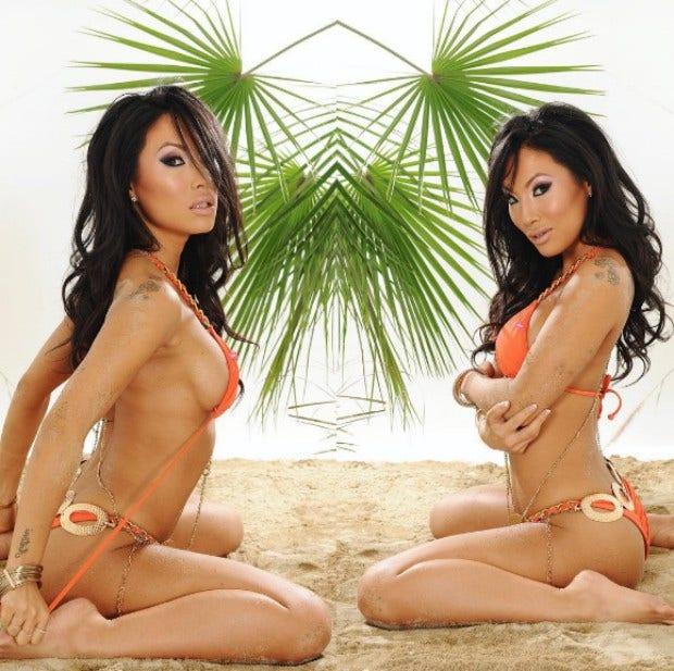 Asa Akira porn star naked