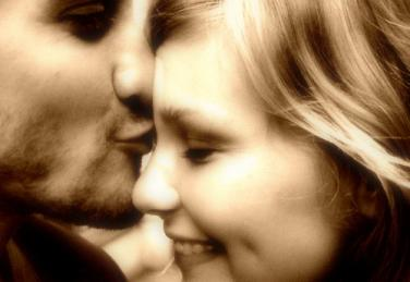 what to do when your boyfriend kisses you