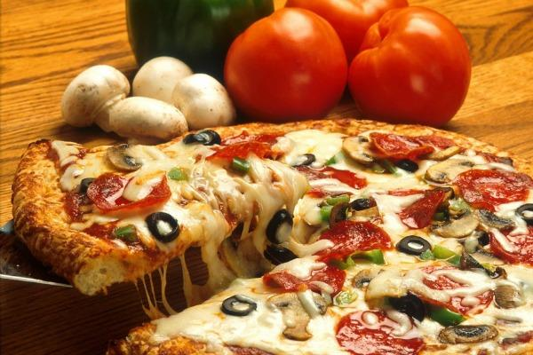 f9a48f724 What Kind Of Pizza You Are, According To Your Zodiac Sign | YourTango