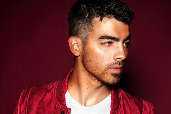 losing virginity first time sex Joe Jonas purity ring red