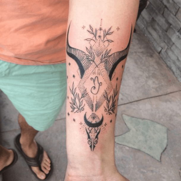 25 Best Zodiac Tattoos Sea Goat Symbols And Meanings For