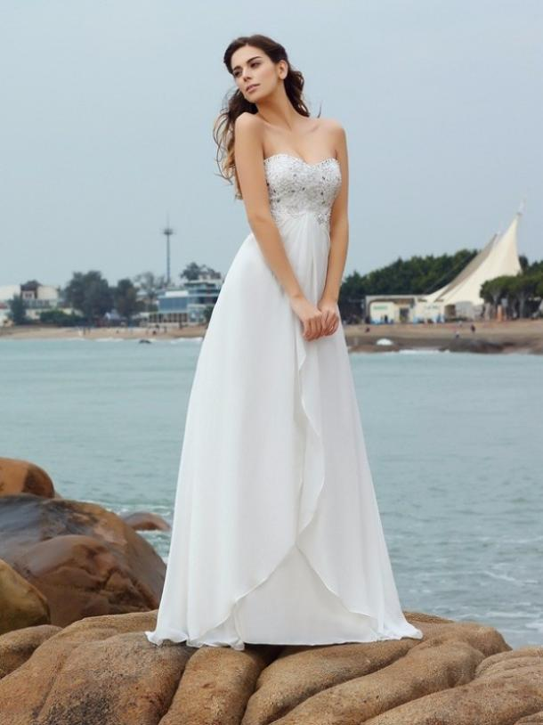50 Best Wedding Dresses And Bridal Gowns Trending In 2018 | YourTango