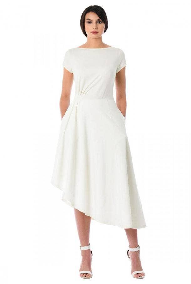 30 Best Wedding Dresses For Plus-Size Brides | YourTango