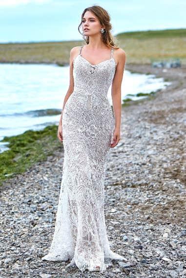 4e156585c983 20 Best Mermaid Wedding Dresses Of All Time   YourTango