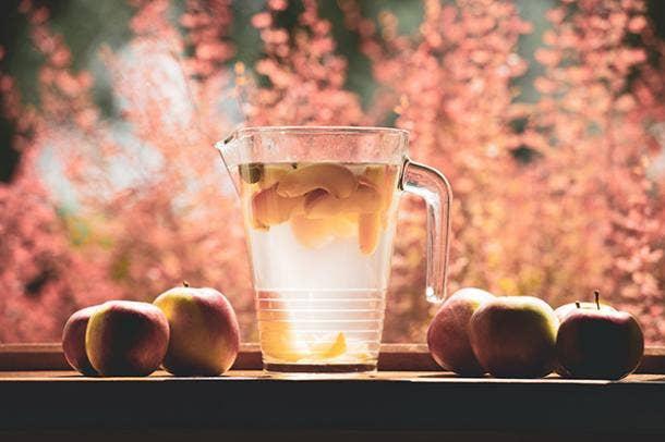 Sweet Bourbon Peach Lemonade BBQ Cocktail Drink Recipes