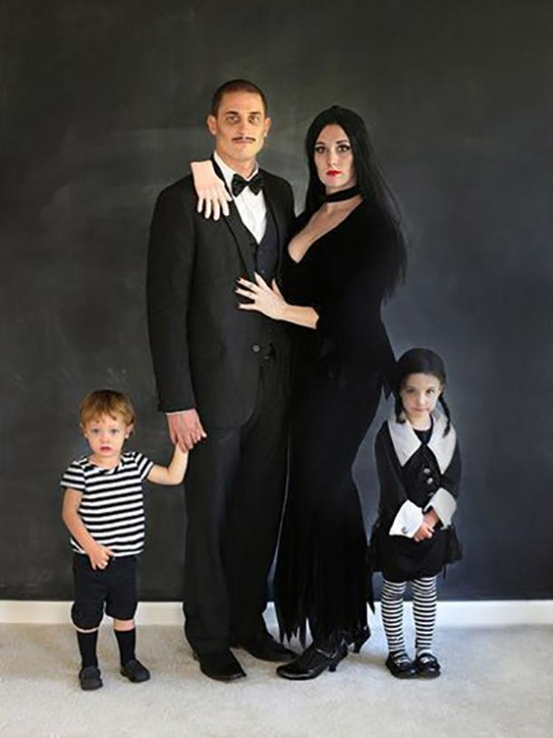 The Addams Family group halloween costume