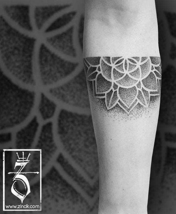 5. Semicircle flower design
