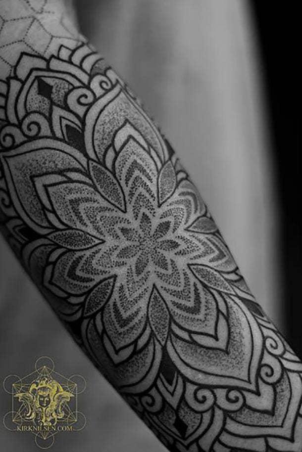50 Best Dotwork Tattoos And Minimalistic Tattoo Ideas