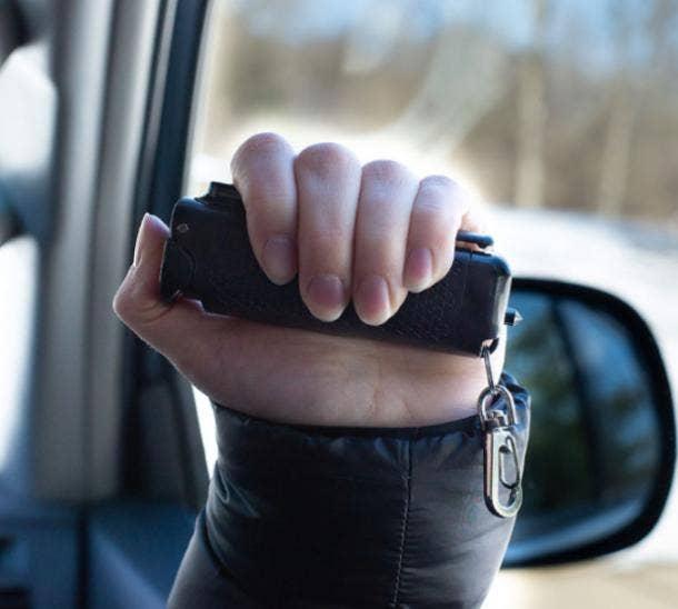 safe escape automotive tool pepper spray seatbelt cutter