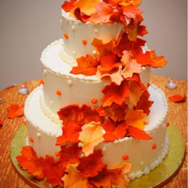 halloween themed wedding cake ideas