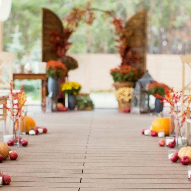 halloween wedding ideas aisle decor