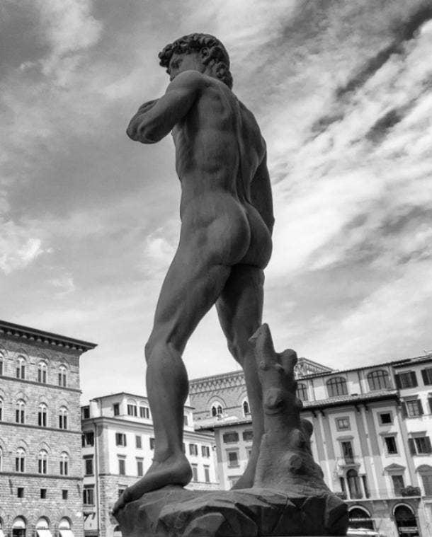 Michelangelo dimples of Apollo