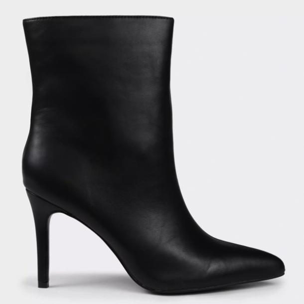 missguided mid-heel ankle boots