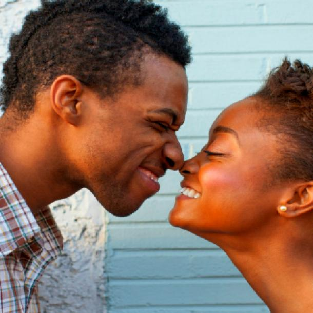 things girls do guys love - being affectionate