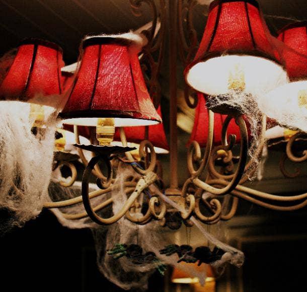 halloween wedding ideas spiderweb chandeliers