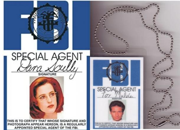 x files scully and mulder badges
