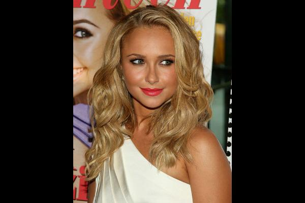6. Hayden Panettiere: Lips with a peaked Cupid's bow