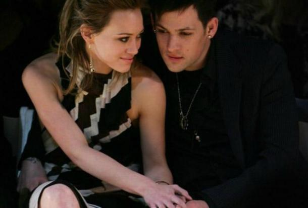 incolors.club/collectionhdwn-hilary-duff-and-joel-madden-2004.htm