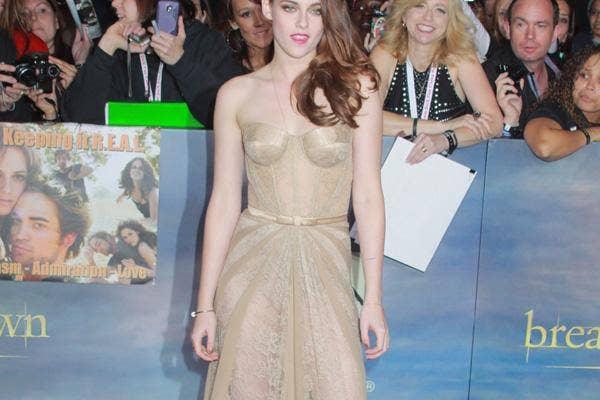 Kristen Stewart Nearly Nude