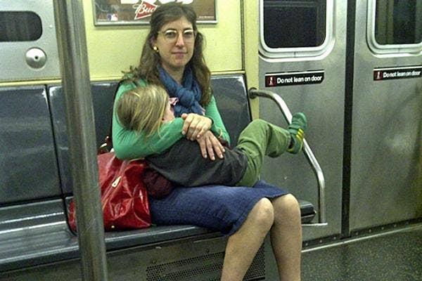 mayim bialik breastfeeding her four-year-old son on a new york city subway