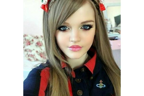 Dakota Rose.