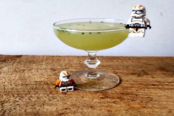 Cocktail with storm troopers.