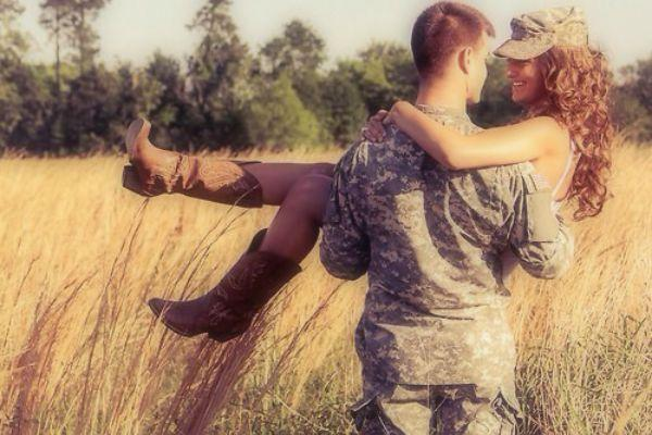 12 Things Military Couples Can Teach Us About Long Distance Love