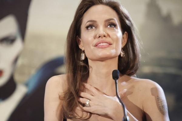 angelina jolie looking up