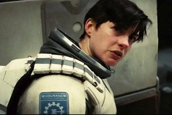Anne Hathaway from Interstellar anne hathaway wedding anne hathaway married anne hathaway adam shulman