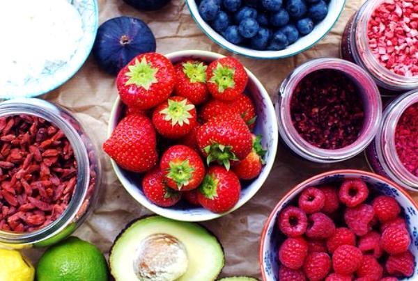 adding unhealthy toppings to healthy foods