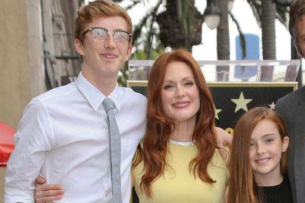 julianne moore kids redheads