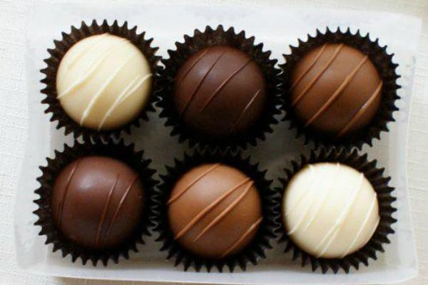 3. Chocolate increases blood flow.