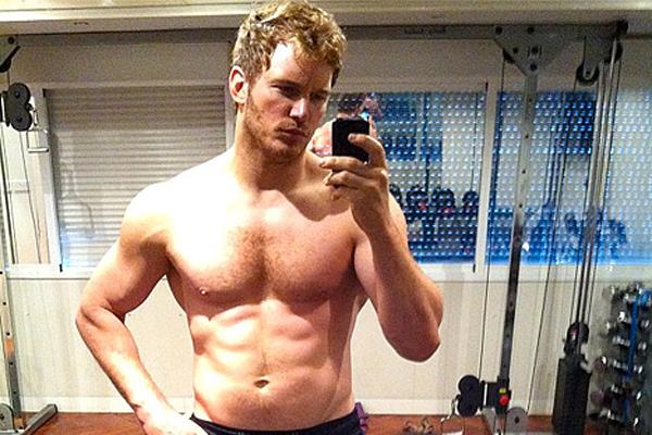 Chris Pratt shirtless selfie Instagram