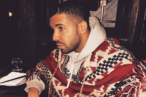 Drake, Drake love, Drake girlfriend, Drake Rihanna, Rihanna Drake, Drake strippers, Drake dating, Drake sensitive, Drake hurt, Drake rapper, Aubrey Graham, Aubrey Drake Graham, commitment, fear of commitment, scared of commitment, commitmentphobe, commitm