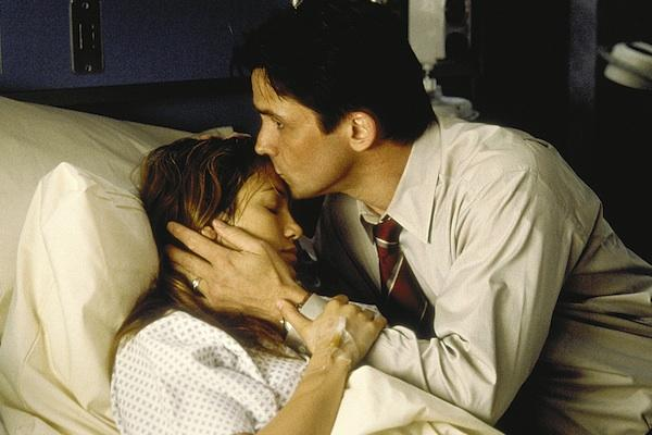 Jennifer Lopez and Bill Campbell from Enough
