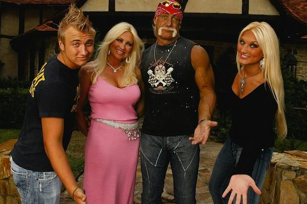 hulk hogan linda hogan divorce breakup brooke hogan nick hogan vh1 from Hogan Knows Best