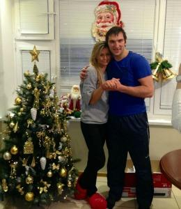 "<a href=""http://www.russianmachineneverbreaks.com/2013/01/01/alex-ovechkin-and-maria-kirilenko-show-off-engagement-ring/"">russianmachineneverbreaks.com</a>"