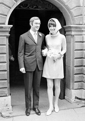 """<a href=""""http://audreyhepburnfacts.tumblr.com/post/10954338228/real-life-outfit-audreys-second-wedding-dress"""">audreyhepburnfacts.tumblr.com</a>"""
