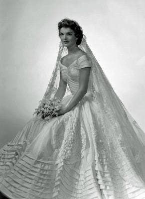 "<a href=""http://jessicajewettonline.com/jackie-kennedys-wedding-dress"">jessicajewettonline.com</a>"