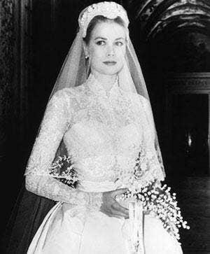 "<a href=""http://www.babble.com/celebrity/kate-middleton-wedding-dress-totally-channels-princess-grace/"">babble.com</a>"
