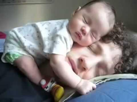 """<a href=""""http://supermanitsnoteasy.tumblr.com/post/54829766897/preference-baby-and-dad-sleeping"""" target=""""_blank"""">supermanitsnoteasy.tumblr.com</a>"""