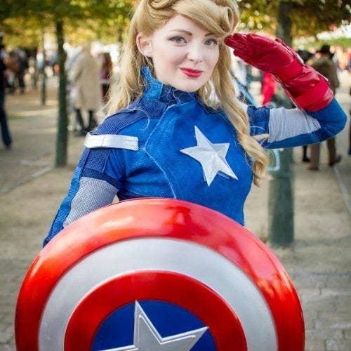 Captain American Marvel halloween costume