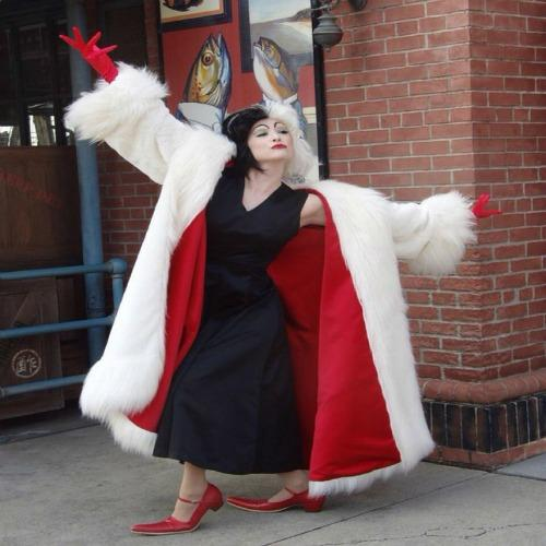 Cruella DeVil Disney halloween costume