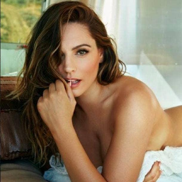 Hot women actors naked