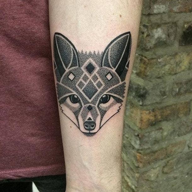 Lauren Marie Sutton Dotwork Unique Tattoo
