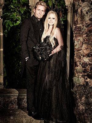 "<a href=""http://stylenews.peoplestylewatch.com/2013/07/08/avril-lavigne-black-wedding-dress-photo/""> stylenews.peoplestylewatch.com </a>"