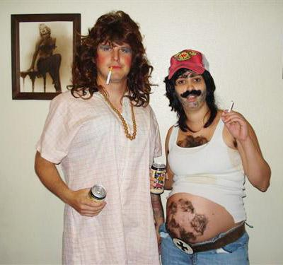 "<a href="" http://www.whattoexpect.com/first-year/photo-gallery/maternity-costumes-for-halloween.aspx#/slide-1"">whattoexpect.com</a>"