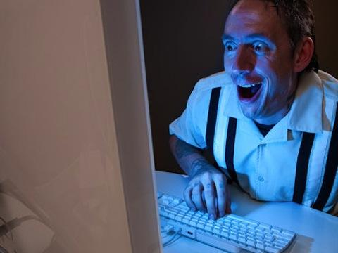 "<a href=""http://timenewsfeed.files.wordpress.com/2011/03/computerporn.jpg?w=455&h=320&crop=1"" target=""_blank"">TimeNewsFeed.com</a>"