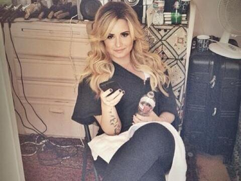 "<a href=""http://distilleryimage11.ak.instagram.com/51ffce0c110b11e3bba622000a1fbc9c_7.jpg""/>Demi Lovato Instagram</a>"