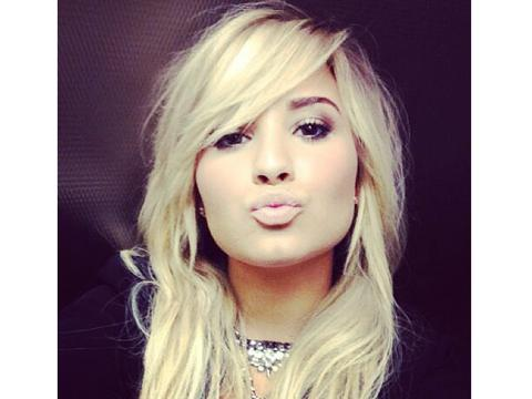 "<a href=""http://distilleryimage0.ak.instagram.com/c7198ce6fb7b11e2ba5222000a9f3c5a_7.jpg""/>Demi Lovato Instagram</a>"